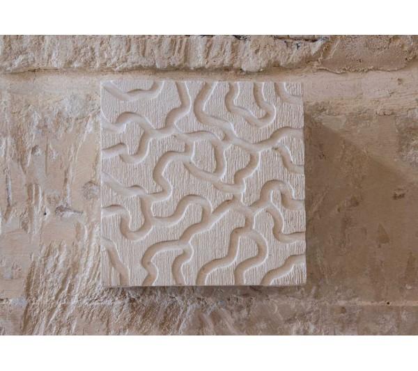 Applique quadrato intarsiato graffiato