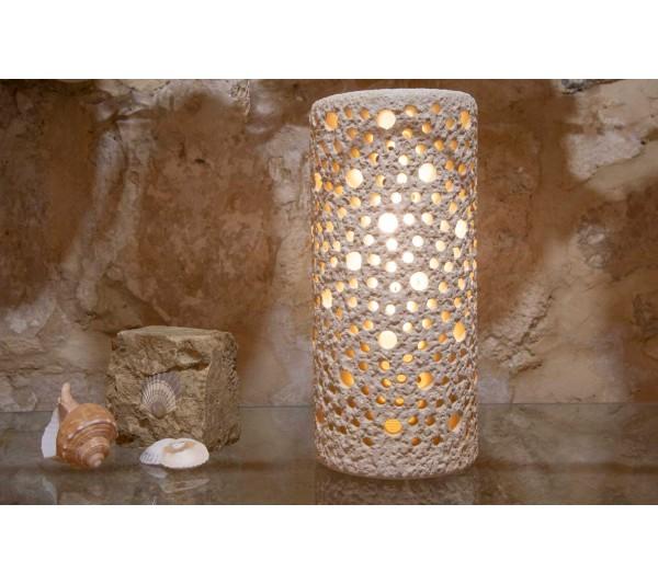 Lampada cilindrica martellata e forata